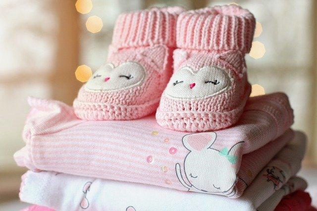 ubrania dla niemowlat