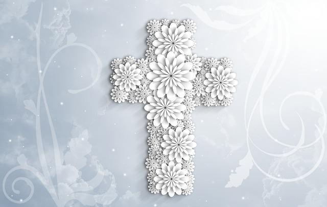 symboliczny prezent na komunie krzyzyk